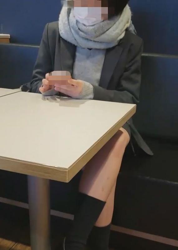 FC2 PPV 1220810 【個撮】県立調理部①家庭的黒髪少女。車内でフェラから事務所に連れ込み孕ませセックス